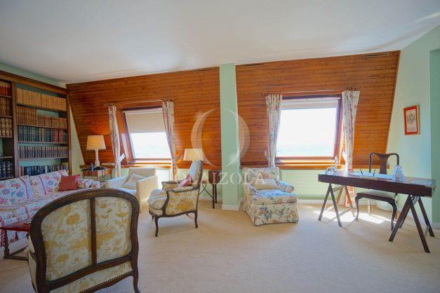 location-vacances-biarritz-appartement-vue-mer-dernier-etage-regina-miramar-parking-018