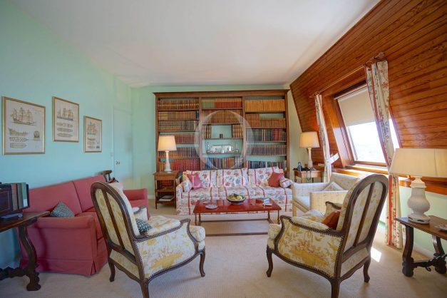 location-vacances-biarritz-appartement-vue-mer-dernier-etage-regina-miramar-parking-019