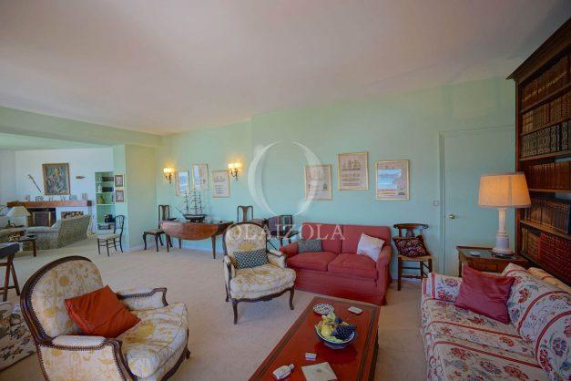 location-vacances-biarritz-appartement-vue-mer-dernier-etage-regina-miramar-parking-021