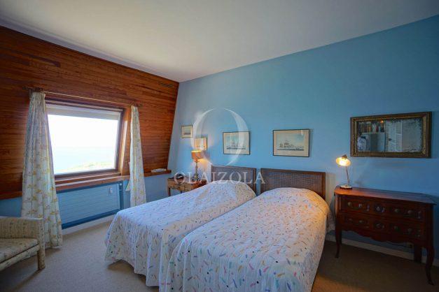 location-vacances-biarritz-appartement-vue-mer-dernier-etage-regina-miramar-parking-026