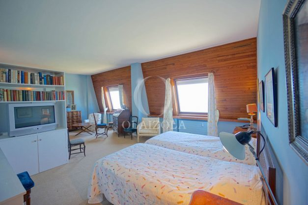 location-vacances-biarritz-appartement-vue-mer-dernier-etage-regina-miramar-parking-027