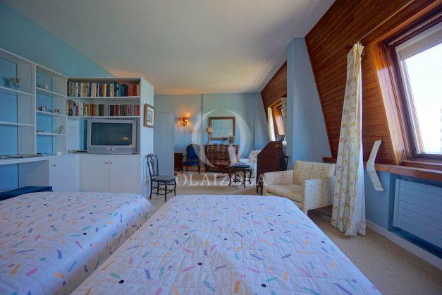 location-vacances-biarritz-appartement-vue-mer-dernier-etage-regina-miramar-parking-028