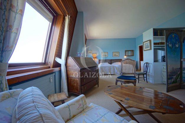location-vacances-biarritz-appartement-vue-mer-dernier-etage-regina-miramar-parking-029