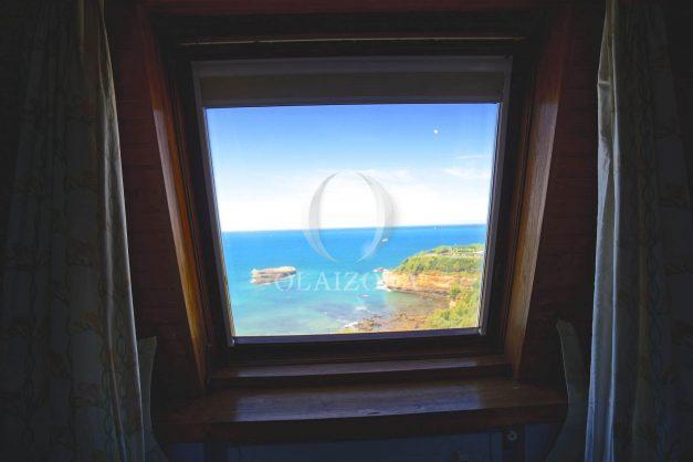 location-vacances-biarritz-appartement-vue-mer-dernier-etage-regina-miramar-parking-030