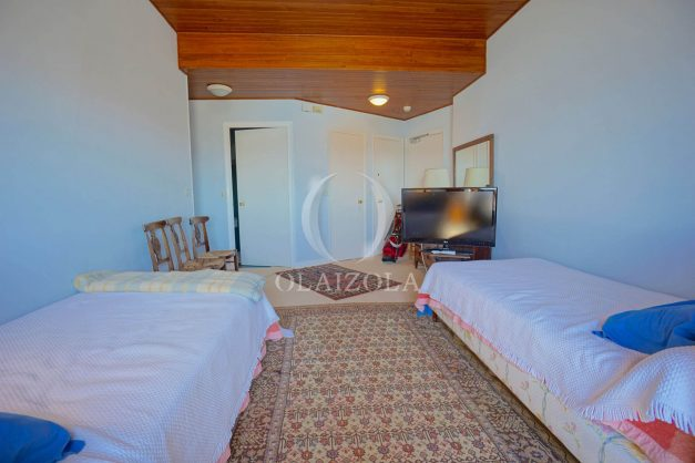location-vacances-biarritz-appartement-vue-mer-dernier-etage-regina-miramar-parking-033