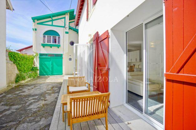 location-vacances-maison-cote-des-basques-beaurivage-biarritz-terrasse-sud-plage-a-pied-009