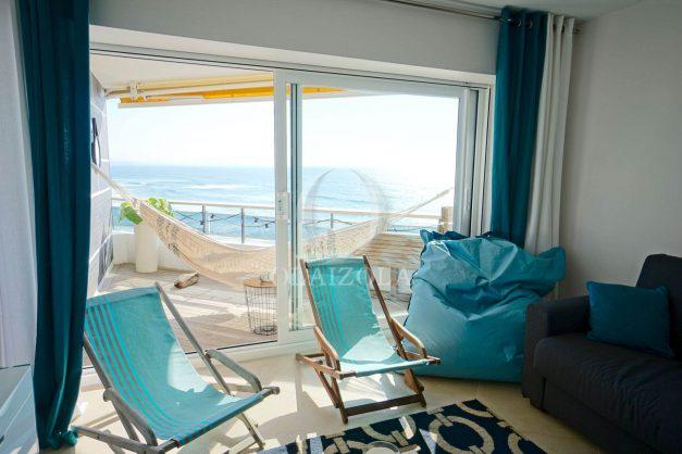 vacances-location-biarritz-sunset-T1-terrasse-vue-mer-plage-cote-des-basques-plage-a-pied-010