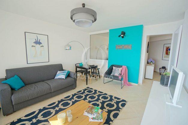 vacances-location-biarritz-sunset-T1-terrasse-vue-mer-plage-cote-des-basques-plage-a-pied-019