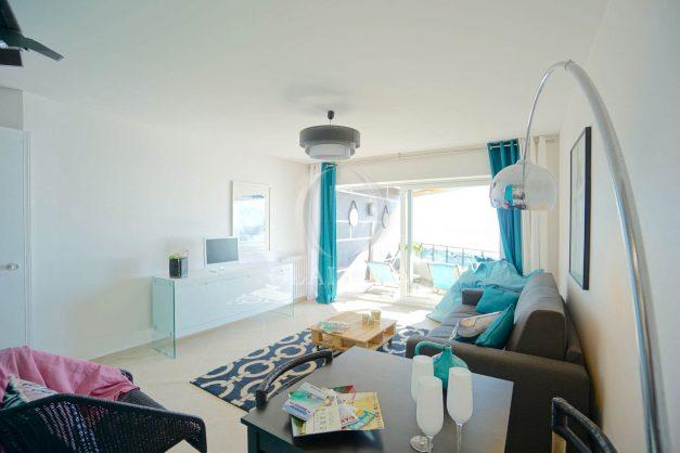 vacances-location-biarritz-sunset-T1-terrasse-vue-mer-plage-cote-des-basques-plage-a-pied-021