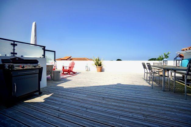 location-vacances-anglet-appartement-standing-centre-ville-plages-5 cantons-parkings-terrasses-commerces-a-proximite-les-halles-001