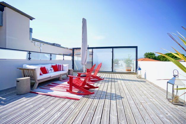 location-vacances-anglet-appartement-standing-centre-ville-plages-5 cantons-parkings-terrasses-commerces-a-proximite-les-halles-003