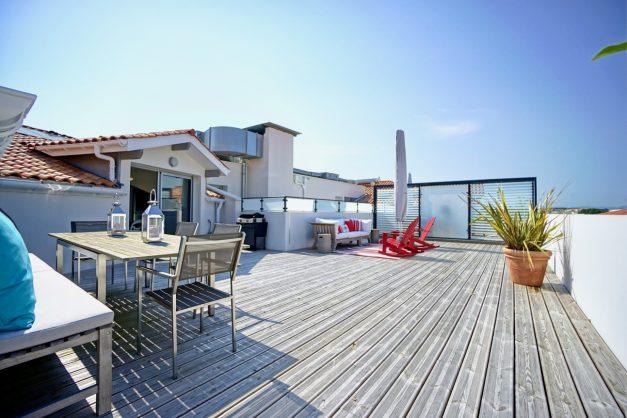 location-vacances-anglet-appartement-standing-centre-ville-plages-5 cantons-parkings-terrasses-commerces-a-proximite-les-halles-006
