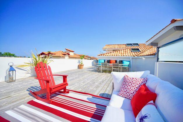 location-vacances-anglet-appartement-standing-centre-ville-plages-5 cantons-parkings-terrasses-commerces-a-proximite-les-halles-023