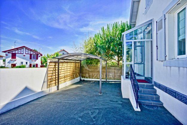 location-vacances-anglet-jaccuzi-sauna-plage-bayonne-parking-couvert-terrasse-couverte-proche-commerce-parfait002