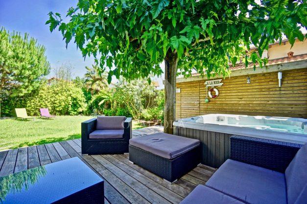 location-vacances-anglet-jaccuzi-sauna-plage-bayonne-parking-couvert-terrasse-couverte-proche-commerce-parfait009