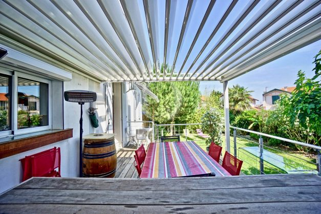 location-vacances-anglet-jaccuzi-sauna-plage-bayonne-parking-couvert-terrasse-couverte-proche-commerce-parfait016