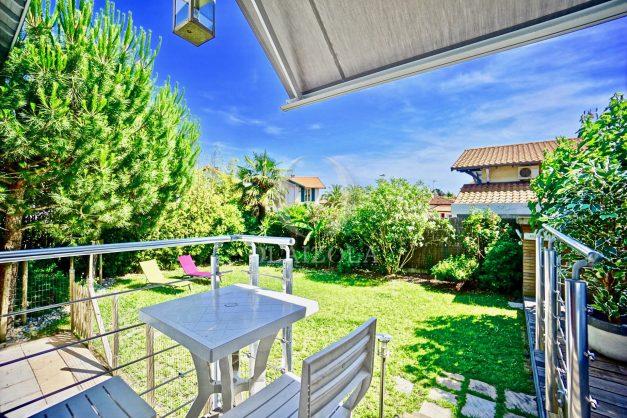 location-vacances-anglet-jaccuzi-sauna-plage-bayonne-parking-couvert-terrasse-couverte-proche-commerce-parfait021