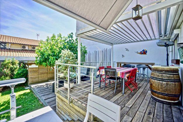 location-vacances-anglet-jaccuzi-sauna-plage-bayonne-parking-couvert-terrasse-couverte-proche-commerce-parfait022