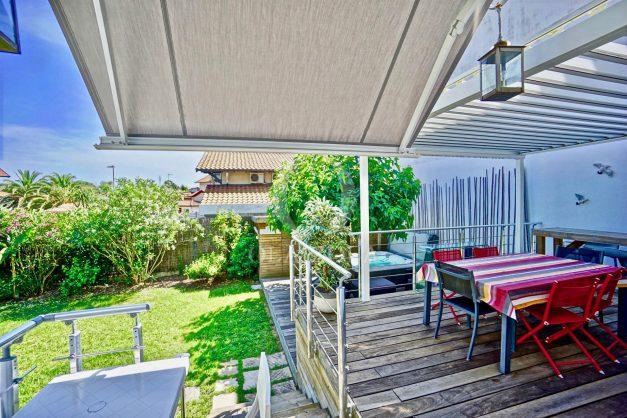 location-vacances-anglet-jaccuzi-sauna-plage-bayonne-parking-couvert-terrasse-couverte-proche-commerce-parfait023