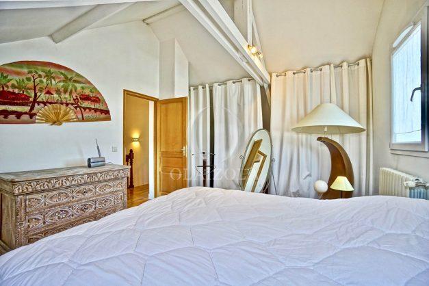 location-vacances-anglet-jaccuzi-sauna-plage-bayonne-parking-couvert-terrasse-couverte-proche-commerce-parfait043