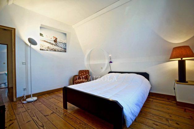 location-vacances-anglet-jaccuzi-sauna-plage-bayonne-parking-couvert-terrasse-couverte-proche-commerce-parfait046