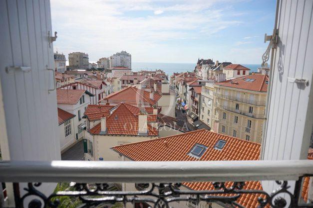 location-vacances-biarritz-appartement-centre-ville-proche-plage-halles-plage-a-pied-001