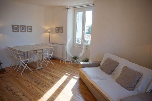location-vacances-biarritz-appartement-centre-ville-proche-plage-halles-plage-a-pied-003