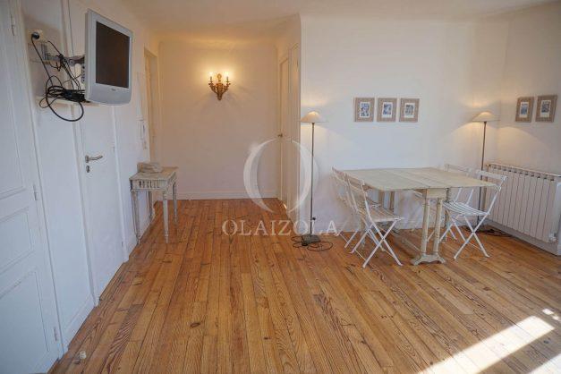 location-vacances-biarritz-appartement-centre-ville-proche-plage-halles-plage-a-pied-004