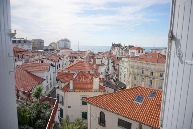 location-vacances-biarritz-appartement-centre-ville-proche-plage-halles-plage-a-pied-011