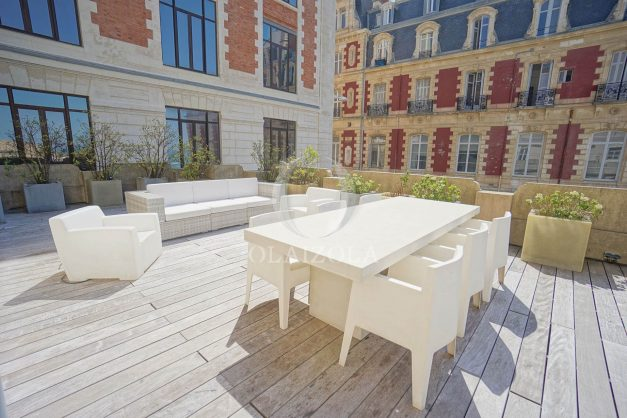 location-vacances-biarritz-appartement-centre-ville-terrasse-grand-plage-a-pied-003