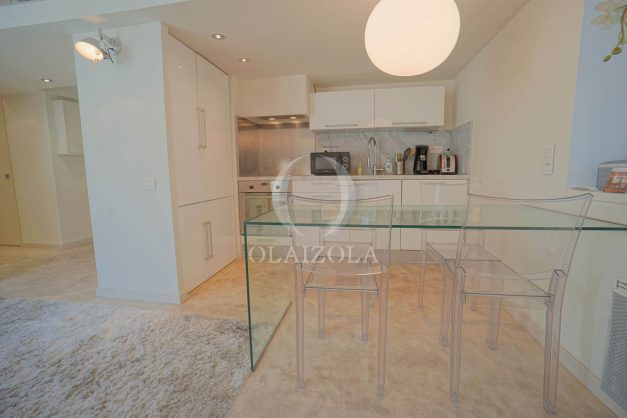 location-vacances-biarritz-appartement-centre-ville-terrasse-grand-plage-a-pied-013
