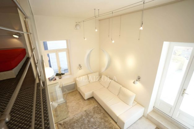 location-vacances-biarritz-appartement-centre-ville-terrasse-grand-plage-a-pied-019
