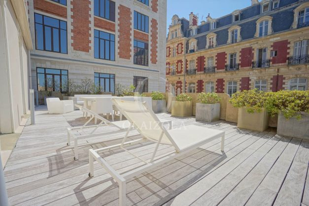 location-vacances-biarritz-appartement-centre-ville-terrasse-grand-plage-a-pied-023