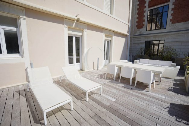 location-vacances-biarritz-appartement-centre-ville-terrasse-grand-plage-a-pied-025