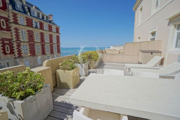 location-vacances-biarritz-appartement-centre-ville-terrasse-grand-plage-a-pied-026