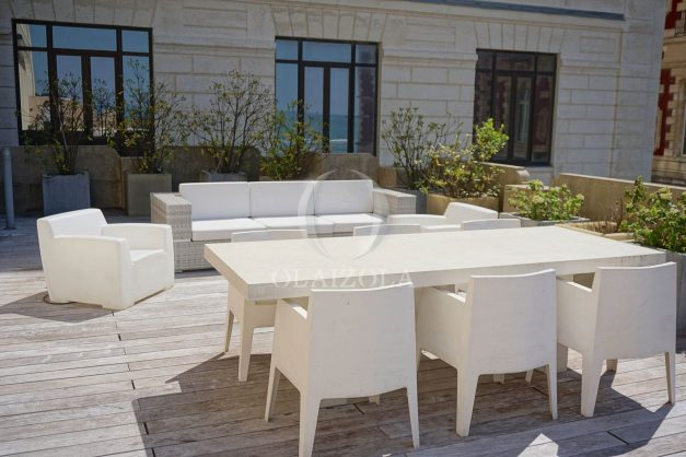 location-vacances-biarritz-appartement-centre-ville-terrasse-grand-plage-a-pied-028