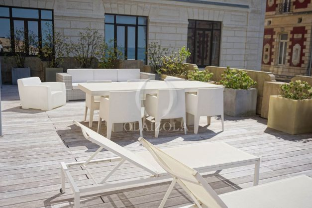 location-vacances-biarritz-appartement-centre-ville-terrasse-grand-plage-a-pied-029