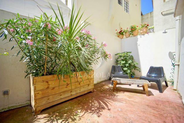 location-vacances-biarritz-appartement-terrasse-plateau-atalaye-port-vieux-refait-a-neuf-coeur-de-ville-plage-a-pied-atalaye-002