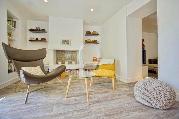 location-vacances-biarritz-appartement-terrasse-plateau-atalaye-port-vieux-refait-a-neuf-coeur-de-ville-plage-a-pied-atalaye-008