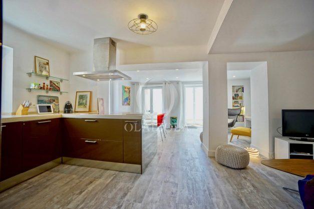 location-vacances-biarritz-appartement-terrasse-plateau-atalaye-port-vieux-refait-a-neuf-coeur-de-ville-plage-a-pied-atalaye-017