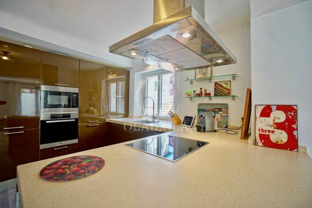 location-vacances-biarritz-appartement-terrasse-plateau-atalaye-port-vieux-refait-a-neuf-coeur-de-ville-plage-a-pied-atalaye-018
