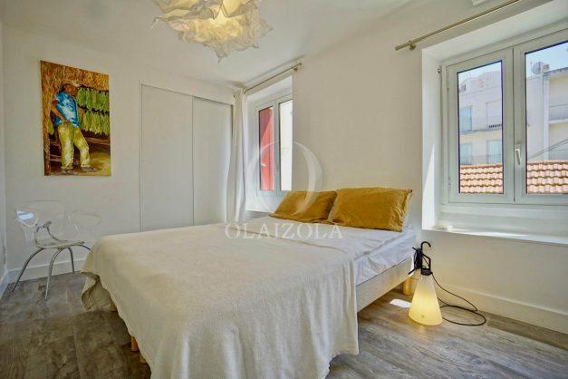 location-vacances-biarritz-appartement-terrasse-plateau-atalaye-port-vieux-refait-a-neuf-coeur-de-ville-plage-a-pied-atalaye-020