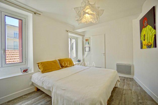 location-vacances-biarritz-appartement-terrasse-plateau-atalaye-port-vieux-refait-a-neuf-coeur-de-ville-plage-a-pied-atalaye-021