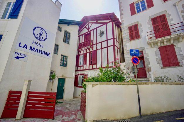 location-vacances-biarritz-appartement-terrasse-plateau-atalaye-port-vieux-refait-a-neuf-coeur-de-ville-plage-a-pied-atalaye-028