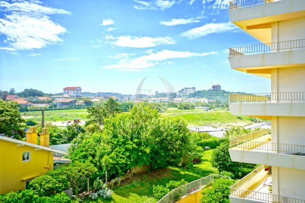 location-vacances-biarritz-appartement-vue-mer-parking-milady-marbella-ilbaritz-terrasse-piscine-plages-a-pied-014