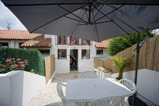location-vacances-saint-jean-de-luz-appartement-2-chambres-terrasse-barbecue-parking-plage-acotz-lafitenia-surf-008