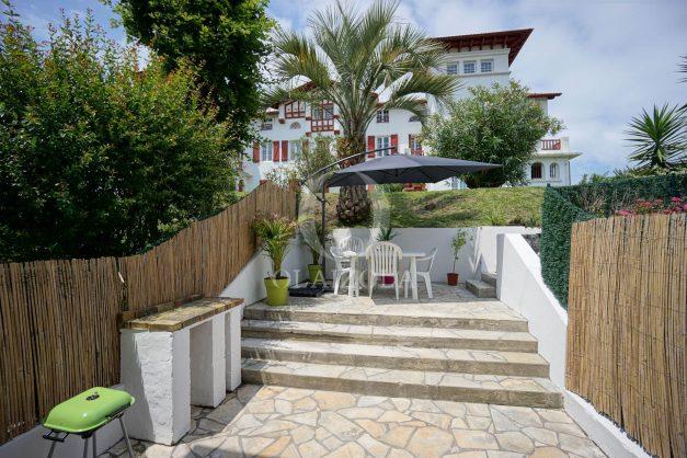 location-vacances-saint-jean-de-luz-appartement-2-chambres-terrasse-barbecue-parking-plage-acotz-lafitenia-surf-010