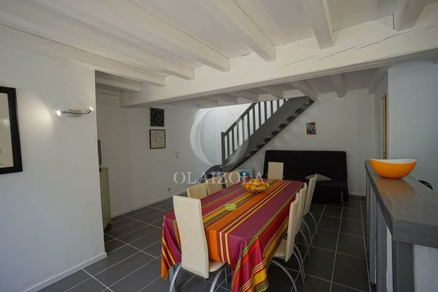 location-vacances-saint-jean-de-luz-appartement-2-chambres-terrasse-barbecue-parking-plage-acotz-lafitenia-surf-012