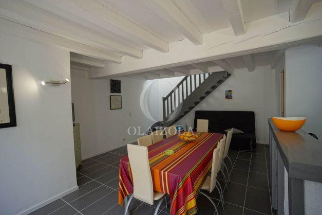 location-vacances-saint-jean-de-luz-appartement-2-chambres-terrasse-barbecue-parking-plage-acotz-lafitenia-surf-012