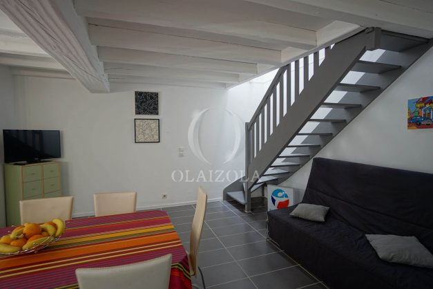 location-vacances-saint-jean-de-luz-appartement-2-chambres-terrasse-barbecue-parking-plage-acotz-lafitenia-surf-016